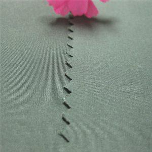 hot predaj pongee tkaniny 100% polyesterová priadza farbené pongee tkaniny 190t